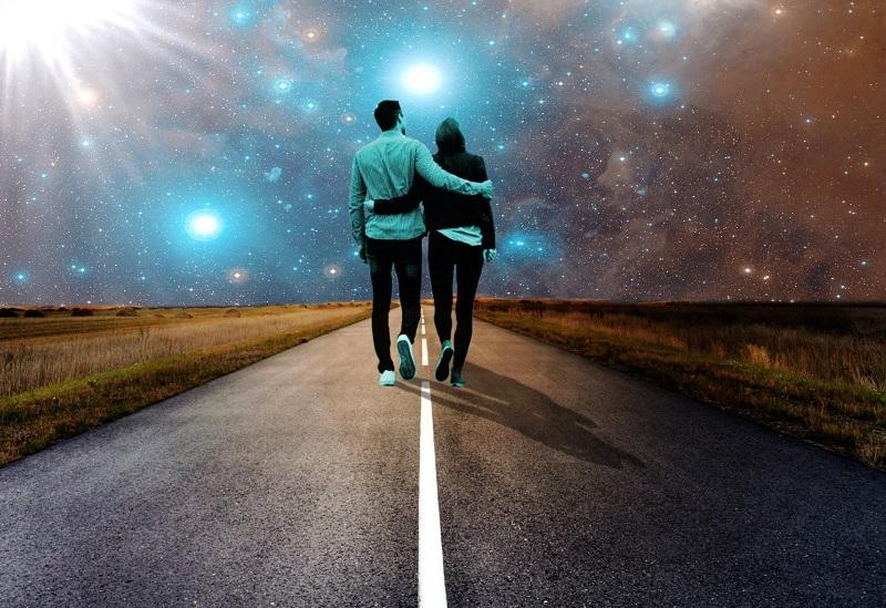 Давай убежим далеко-далеко